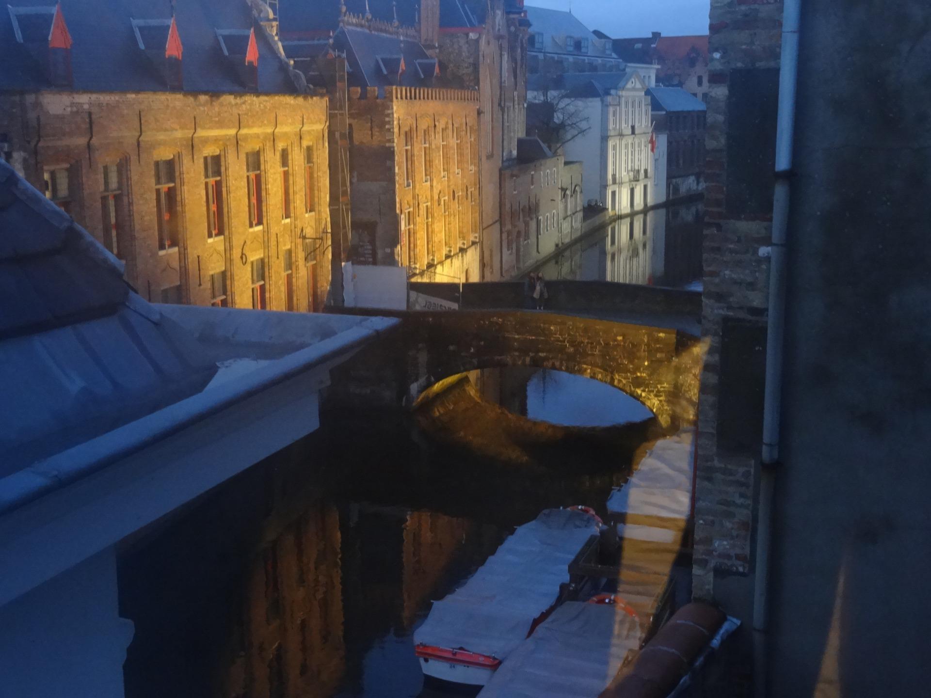 Из окна отеля Сент-Николас, Брюгге