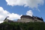 Чешский замок Карлштейн: островок готики на высокой скале